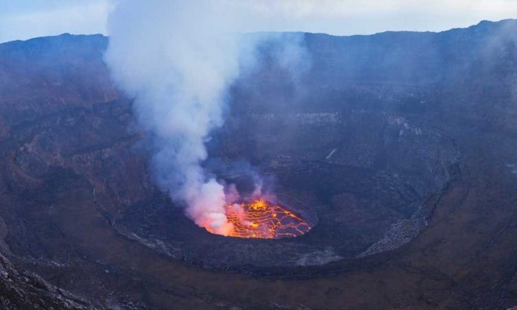 5 Days Mount Nyiragongo & Volcanoes Gorilla Trekking safari